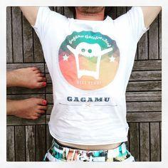 Life is better in boardshorts... And in a gagamu Shirt... And with red nailpolish... ✌️#gagamu #boardshort #organic #cotton #shirt #man #nailpolish #skateboarding #summer #sun #relax #poolside #colours #happy