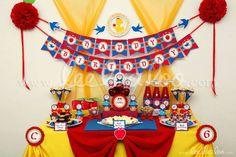 Snow White Princess Birthday Party Theme - B25 | CatchMyParty.com