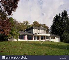 Rresidential Gehäuse, Traunkirchen, Oberösterreich, Architekt Johannes Spalt, 1964 Stockfoto Style At Home, Johannes, Kirchen, Cabin, Mansions, House Styles, Home Decor, Pictures, House
