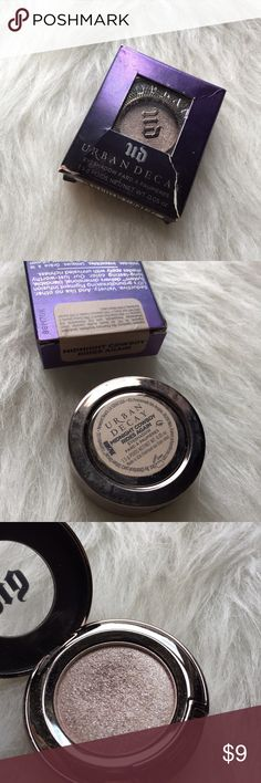 Urban Decay eyeshadow This shadow has been swatched a few times. The shade is in midnight cowboy rides again.  Just looking to sell right now, so no trades.  I don't use any other sites to sell makeup.  I aim to ship same day.  I always take the shipping price into consideration, please take the sellers fee into yours!  Use the offer button, I might accept! I won't discuss prices in the comments & low ball offers will be ignored.  If you have any questions, please ask!  Urban Decay Makeup…