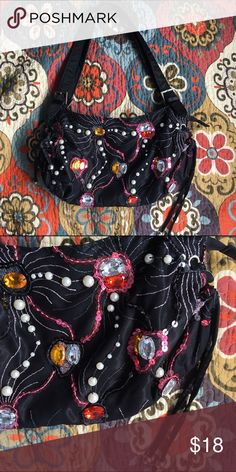 Bejeweled purse Beautifully embroidered. Perfect condition Bags