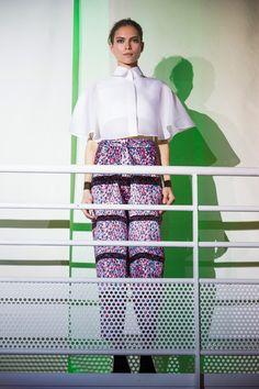 Défilé Amaya Arzuaga, prêt-à-porter printemps-été 2014, Paris. #PFW #fashionweek #runway
