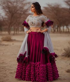 Latest Collection of Lehenga Choli Designs in the gallery. Lehenga Designs from India's Top Online Shopping Sites. Party Wear Indian Dresses, Designer Party Wear Dresses, Indian Fashion Dresses, Indian Bridal Outfits, Indian Gowns Dresses, Dress Indian Style, Indian Designer Outfits, Indian Wedding Gowns, Indian Designers