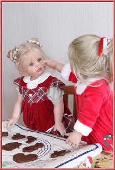 Веселые, задорные, но совсем не вздорные! Часть-2. Как куклы Моники Левениг из моей коллекции, создавали праздничное настроение. / Коллекционные куклы Masterpiece dolls / Бэйбики. Куклы фото. Одежда для кукол Vinyl Dolls, Pretty Baby, Two By Two, Barbie, Flower Girl Dresses, Children, Wedding Dresses, Cute, How To Wear