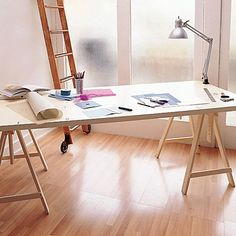 The best DIY tutorials & plans from around the web for making your own craft, sewing or cutting table. Includes folding, trestle, sawhorse tables & Ikea hacks.