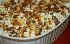 What's better than a salad? A sweet salad! This Snickers caramel apple salad is just incredible! It's super easy to make and you will enjoy every bite of it! Check it out. Ingredients: 6 regular size Snickers Candy Bar 6 apples I used Red Delicious… Granny Smith would also be great 1 (5 oz.) package […]