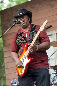 「chicago blues guitarist」の画像検索結果