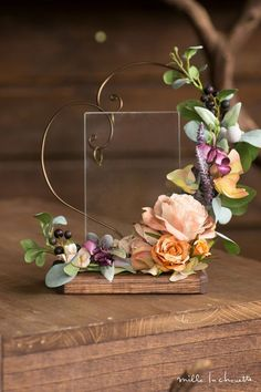 A lovely way to display the wedding rings for Ceremony Clay Flowers, Dried Flowers, Paper Flowers, Deco Floral, Floral Design, Wedding Centerpieces, Wedding Decorations, Decor Wedding, Ring Holder Wedding