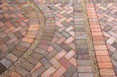 A brick patio can enhance the value of your home. Setting up a brick patio does not require special Paver Patterns, Paving Pattern, Brick Patterns Patio, Diy Patio, Patio Ideas, Backyard Patio, Backyard Ideas, Outdoor Ideas, Backyard Landscaping