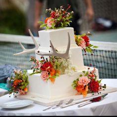 Redneck Wedding Ideas | My Big Redneck Vacationu0027s Wedding Cake | Friend(s)  Wedding