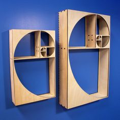This curio shelf is designed around the beginning of the Fibonacci Sequence, approaching the golden ratio, or Phi. Fibonacci Golden Ratio, Fibonacci Spiral, Fibonacci Code, Blog Art, Spiral Art, Sacred Geometry Tattoo, Art Deco Furniture, Wood Furniture, Furniture Ideas