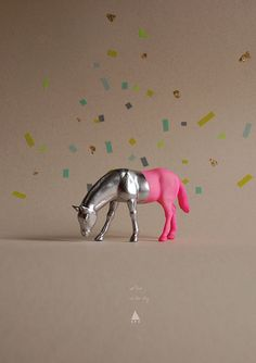 Can't imagine what I'd do with a painted plastic toy horse but it still looks like fun :)