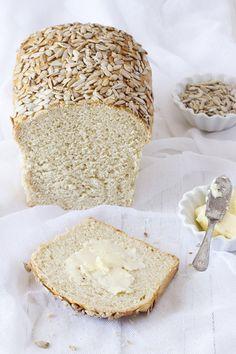 ... pan de mOlde con semillas ...