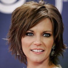 Martina McBride, awesome haircut would be perfect of I had ALL her hair!!