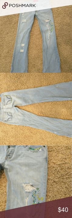 Hollister RARE embroidered jeans Hollister embroidered jeans Hollister Jeans Boot Cut