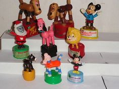 LOTof-9-VINTAGE-PUSH-UP-THUMB-COLLAPSE-PUPPET-TOYS-WOOD-PLASTIC