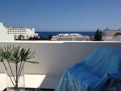 Location vacances appartement Hammamet: Terasse Chambre à couché Vue mer