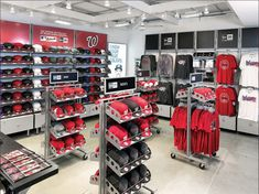 OPTO has collaborated with some of today's biggest brands to deliver quality retail display solutions. View our variety of retail design projects. Fashion Retail Interior, Retail Fixtures, Retail Design, Visual Merchandising, Store Design, Portfolio Design, Square Feet, Design Projects, Compact