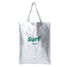 A:BAG SUMMER 시리즈 에코백입니다.  여름을 상징하는 시원한 문구가 포인트가 되어줍니다. A:BAG의 메인 FABRIC 타이벡을 사용하여 깃털처럼 가볍고 방수가 됩니다. 바캉스,수상스포츠를 떠날 때에 바닷가에 간편하게 들고 나가기 좋습니다. 방수가 되고 세균차단 기능이 있어 꿉꿉한 장마철에도 문제 없어요! Non Woven Bags, Diy Tote Bag, Simple Bags, Fabric Bags, Shopper Bag, Branded Bags, Green Bag, Cloth Bags, Bag Accessories