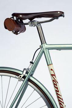 Nice bike with an awesome saddle bag.