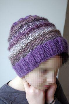 Bonnet Femme/Ado - réalisé au tricot