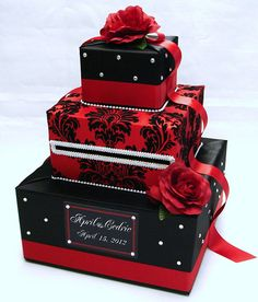 Black and Red Damask Wedding Card Box-Rhinestone accents-Red Roses This handcrafted card box/money holder is the perfect touch for your wedding reception. Black Red Wedding, Black Wedding Cakes, Damask Wedding, Gothic Wedding, Gift Card Boxes, Favor Boxes, Card Box Wedding, Quinceanera, Trendy Wedding