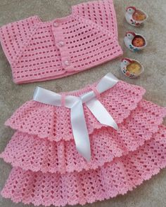 Crochet Vest Pattern Knit Crochet Crochet Patterns Crochet Baby Booties Baby Girl Crochet Crochet For Kids Baby Knitting Hand Embroidery Baby DressDuplicate from picture no patternBeris Agnew's media statistics and analyticsThis model is a cardigan t Crochet Baby Dress Pattern, Knit Baby Dress, Baby Girl Crochet, Crochet Baby Clothes, Baby Knitting Patterns, Crochet For Kids, Baby Patterns, Crochet Ideas, Dress Patterns