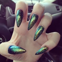gorgeous-glam: ukrainianbarbiedoll: fran-nkie: http://fran-nkie.tumblr.com/ Does anyone know this polish? ♛Queen of Glam