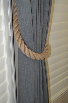 This great rope tie back is a nice change from the traditional tassels. Rope Tie Backs, Rope Tying, Tassels, Change, Traditional, Nice, Design, Home Decor, Homemade Home Decor