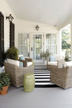 When you plan to invest in patio furniture you want to find some that speaks to you and that will last for awhile. Although teak patio furniture may be expensive its innate weather resistant qualit… Farmhouse Front Porches, Screened In Porch, Front Porch Seating, Screened Porch Furniture, Front Porch Chairs, Outdoor Rooms, Outdoor Living, Outdoor Decor, Southern Living Homes