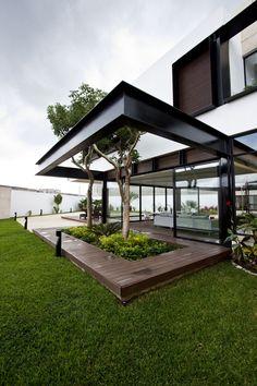 Temozon House by C...