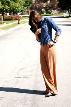 Fall Outfit: Chambray Shirt + Black T-Shirt + Rust Maxi Skirt + Strappy/Lace-Up Boot Sandals