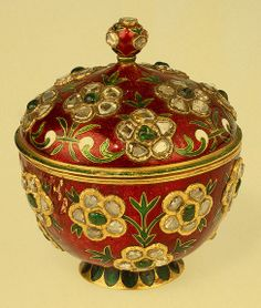 Mughal enamelled and jewelled covered cup 1700's, robbed by Nadir Shah 1741