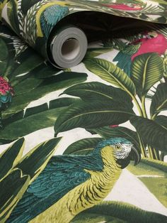 Tropical Palm Leaf Green & Pink Parrot Wallpaper - NEW! 10m Roll