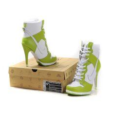 basket-nike-femme-a-talons-haut-blanc-vert.jpg (600×600)