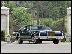1979 Lincoln Continental Mark V Collectors Edition  Best of Show Winner with 128 Actual Miles