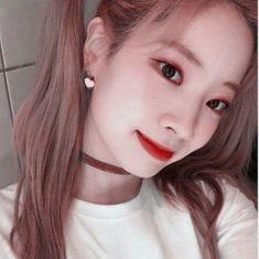 Nayeon, South Korean Girls, Korean Girl Groups, Twice Dahyun, Iconic Women, Kpop Girls, Girl Crushes, Pretty, Pictures