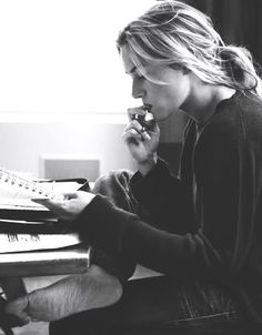 I have always loved this image of Kate Winslet and the realness it captures.