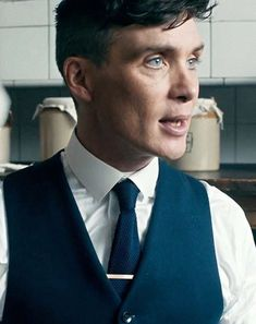 Cillian Murphy as Thomas Shelby Peaky Blinders  - The famous kitchen scene 💙