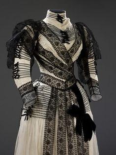 Dress | c. 1889 | Paris (bodice and sleeve detail)
