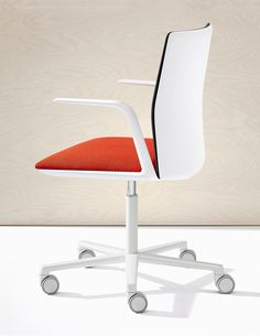 Products we like / office Chair / White / red Cushion / Clean / Minimal / at lemanoosh