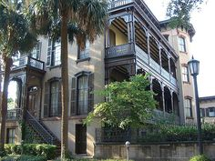 Historic Home, Savannah Georgia | Photo by Dizzy Girl on Flickr - Photo Sharing!