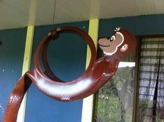 LOOK WHOS MONKEYING AROUND? visit our page at  https://www.facebook.com/reciclamosyembellecemos