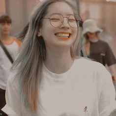 Nayeon, Aesthetic Eyes, Kpop Aesthetic, Aesthetic Photo, J Pop, Kpop Girl Groups, Kpop Girls, Daehyun, Dance Music