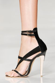love  love the shoes