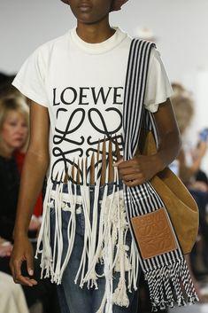 Loewe - Detalles
