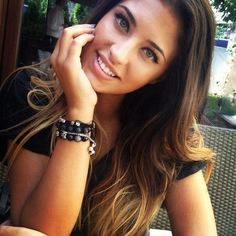 antonia iacobescu I like her hair. Brown to blonde ombre Girl Logic, Brown To Blonde Ombre, A Guy Like You, Light Eyes, Tumblr Girls, Tans, Ombre Hair, Pretty Hairstyles, Her Hair