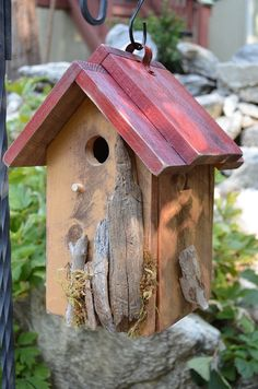 New! Rustic and functional for garden birds. Find out how fun it is to watch birds nesting and raising their family.