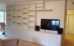 exemple de meuble sur mesure dans un salon avec un espace pour lcran tv