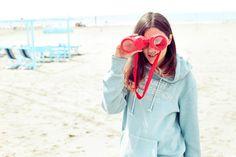 Eleonora con la felpa in cotone con doppia tasca e cappuccio Surf Shack